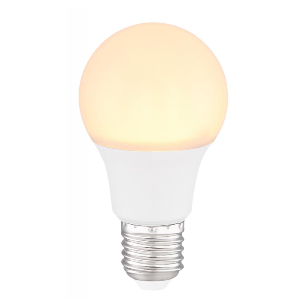 LED Fényforrás opál műanyag búrával.   O:60, H:108, inkl. 1xE27 LED 8W 230V, 620lm, 3000K